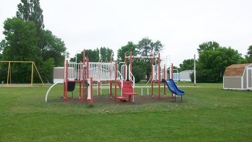 Presidentsparkgrandforksnorthdakotamobilehomesforrentforsale playground