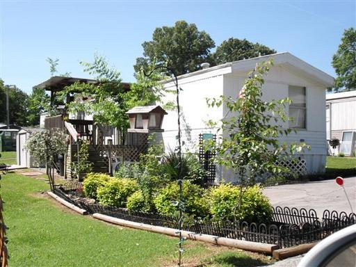 Strange Rockford Park Mhc 65 Homes Available 3636 Tarbett Road Home Interior And Landscaping Spoatsignezvosmurscom
