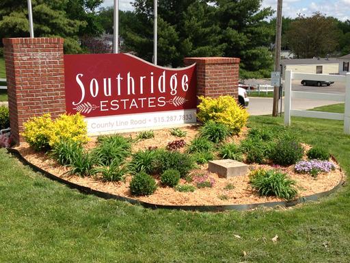 Southridge Estates Des Moines Iowa Mobile Homes For Sale For Rent Entrance Sign