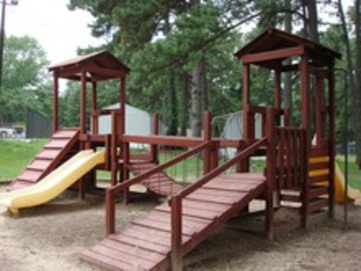Tanglewoodhuntsvilletexasmobilehomesforsaleforrent playground