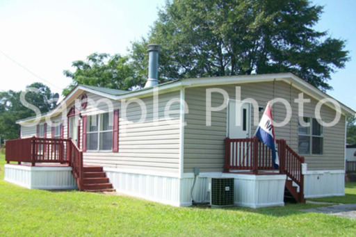 Birch Hollow MHC | 551 Homes Available | 101 Bayboro Circle