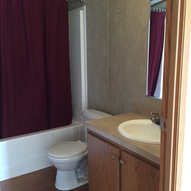 Cristie rennie   123 glenview drive bathroom 2