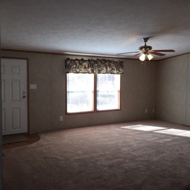 Cristie rennie   123 glenview drive living room 1 of 2