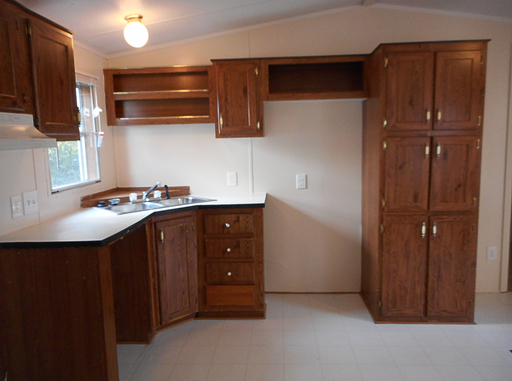 25 carriage lane kitchen 2