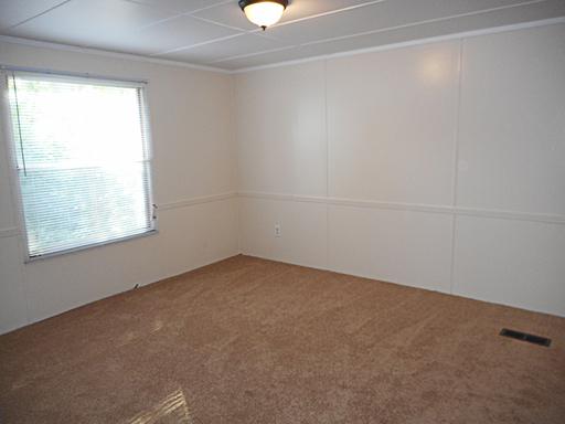 25 carriage lane bedroom2