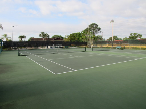 Ranchero village lake house tennis courts 1