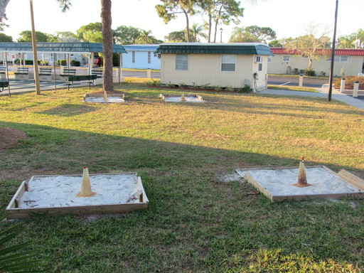 Ranchero village horseshoe pits