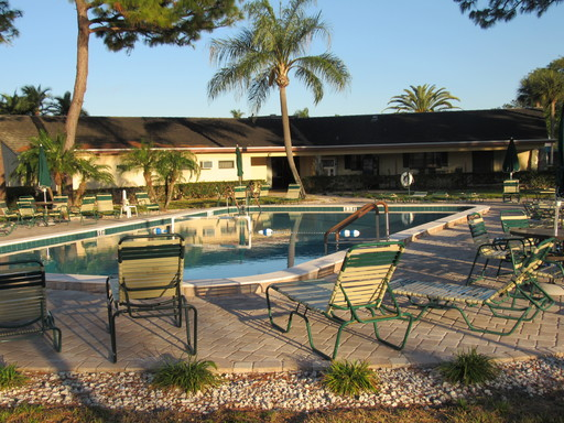 Ranchero village pool